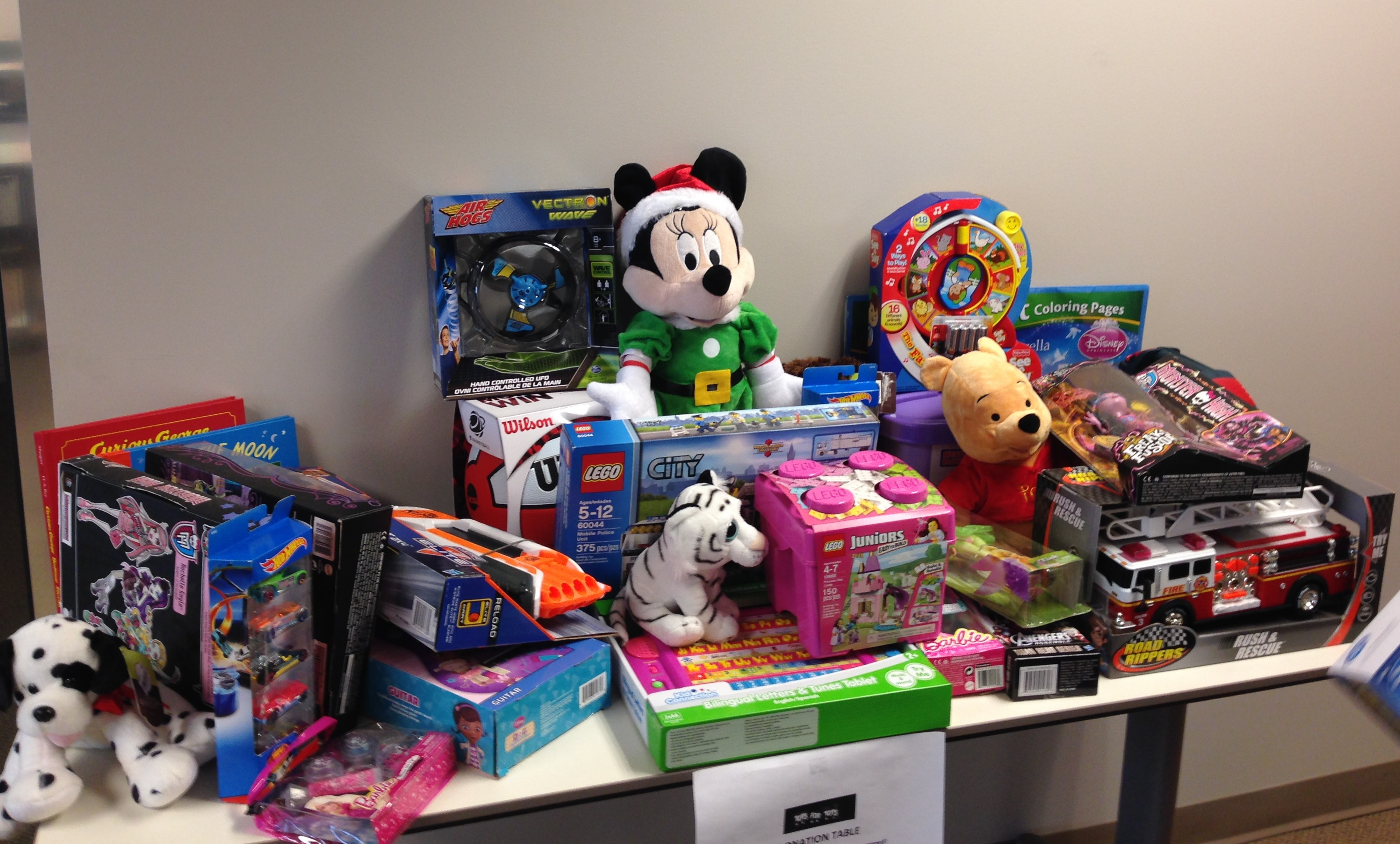 Toys For Tots Family Request : Guardian gives back this holiday season